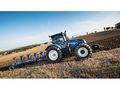New Holland поддерживает T6.160 с опцией DCT